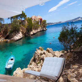 Fototapet - Holiday Seclusion